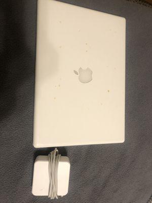 Apple Macbook 2007 for Sale in Decatur, GA