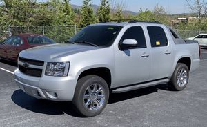 2012 Chevy Avalanche for Sale in Cleveland, OH