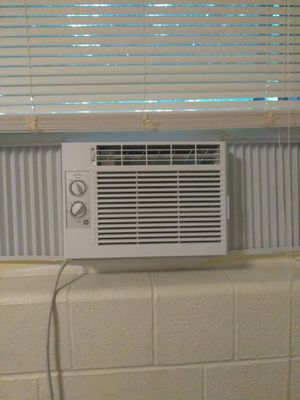 Window AC unit for Sale in Cleveland, OH