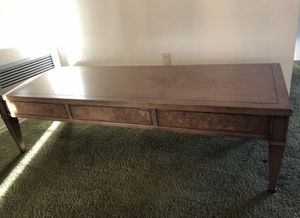 Beautiful coffee and 2 end tables for Sale in Mesa, AZ