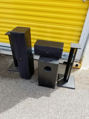 Onkyo speakers for Sale in Franklin Park, IL