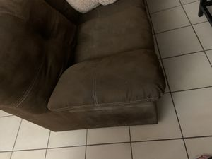 Brown couch for Sale in Tampa, FL