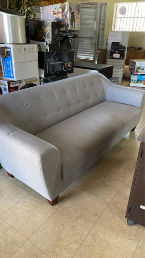 6ft grey sofa for Sale in Monterey Park, CA
