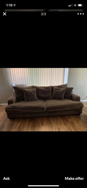 Couches FREE for Sale in Beaumont, CA