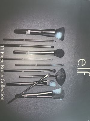 Makeup brushes for Sale in Moreno Valley, CA