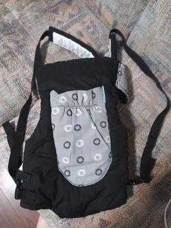 Baby carrier for Sale in Irons,  MI