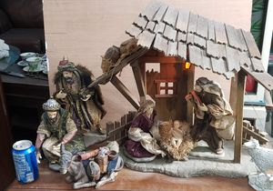 Porcelain nativity set 18 inches tall for Sale in New Port Richey, FL