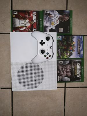 Xbox one s bundle for Sale in El Monte, CA