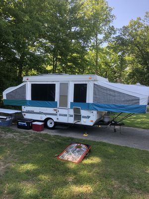 1997 Viking 35th anniversary pop-up camper for Sale in Flat Rock, MI