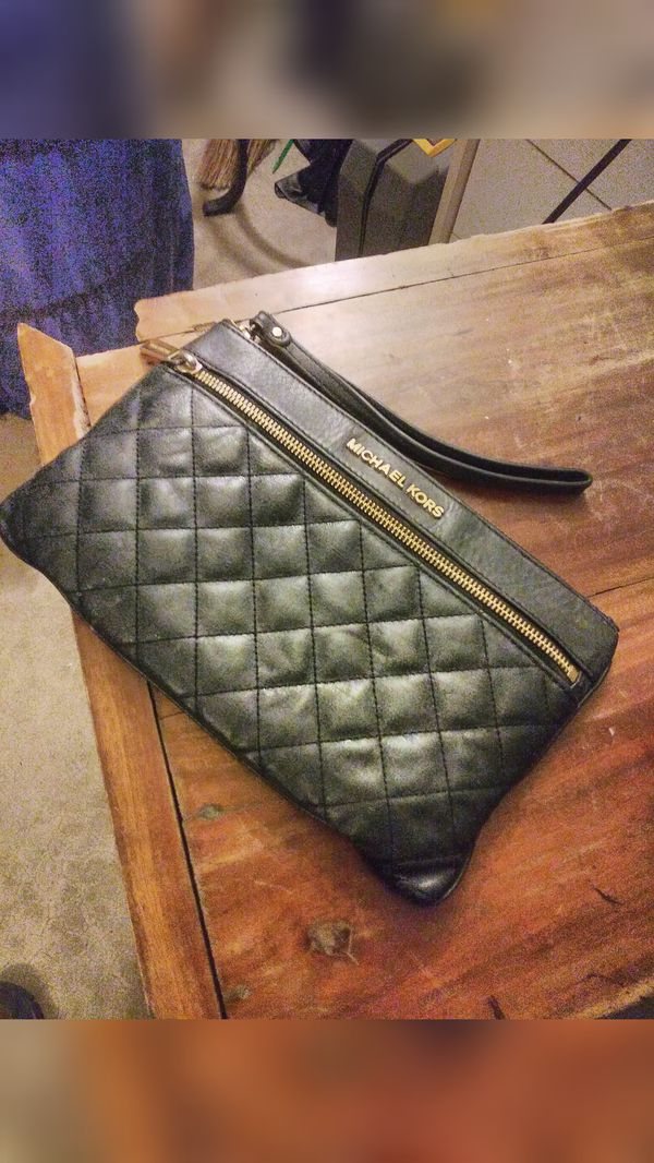 b1bc53d44386 Michael Kors Genuine Quilted Leather (Black) Triple Zipper Clutch ...