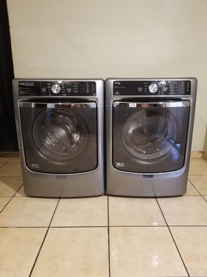 BEAUTIFUL FRONT LOAD STAINLESS STEEL STEAM MAYTAG MAXIMA WASHER AND ELECTRIC DRYER BIG CAPACITY for Sale in Phoenix, AZ