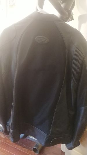 Bilt Air Leather Motorcycle Jacket (like new) for Sale in Alexandria, VA
