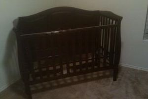 Crib and changing table set for Sale in Wylie, TX