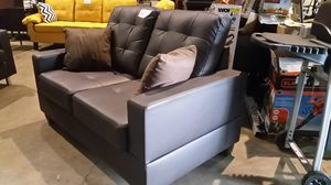 Brand new love seat (brown) for Sale in NC, US