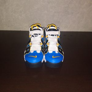 $100 Nike Air More Uptempo size 10 men for Sale in Milwaukee, WI