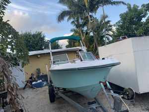 19 ft boat for Sale in Homestead, FL