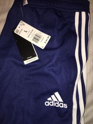 BNWT SIZE (L) ADIDAS JOGGERS for Sale in Bakersfield, CA