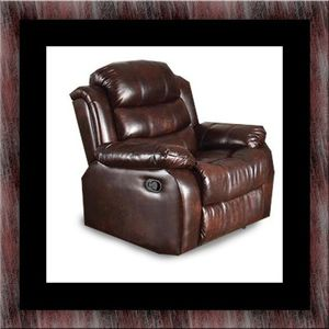 Burgundy recliner chair for Sale in Chillum, MD