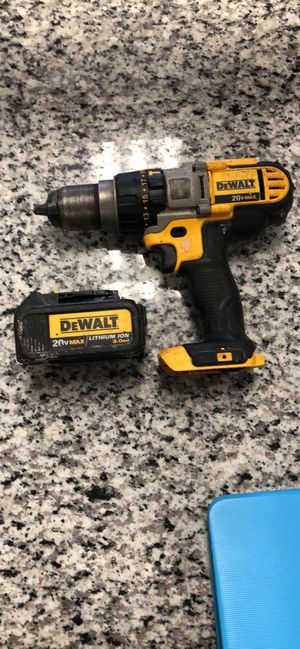 DeWalt dcd985 Cordless Hammer drill/driver Comes with battery for Sale in Boston, MA