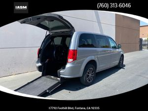 2017 Dodge Grand Caravan Passenger for Sale in Fontana, CA