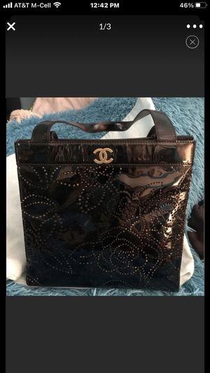 CHANEL black patent leather Camiella CC Tote bag for Sale in Las Vegas, NV