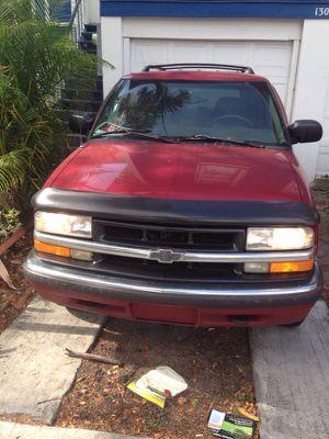 Chevy blazer lt yr 2000 for Sale in Miami, FL