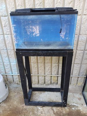 Tank fish tank with stand 5gal for Sale in Waipahu, HI