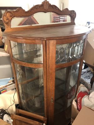Antique China Cabinet From the 1950th for Sale in Los Angeles, CA