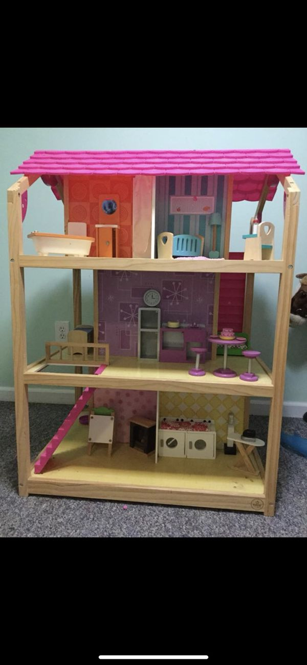 Kidscraft chic dollhouse