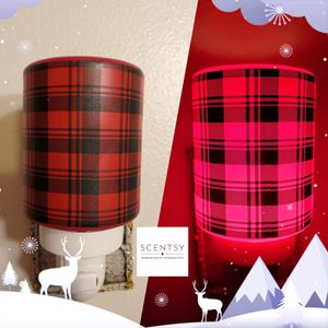 Scentsy Frosted Flannel Mini Warmer for Sale in Spanaway, WA