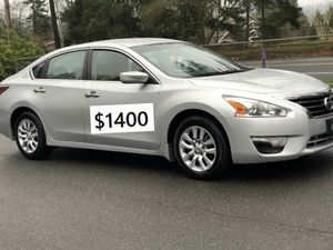 FWD$1400 2015 Nissan Altima S vanity mirrors for Sale in Chicago, IL