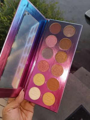 Eye palette new for Sale in Modesto, CA