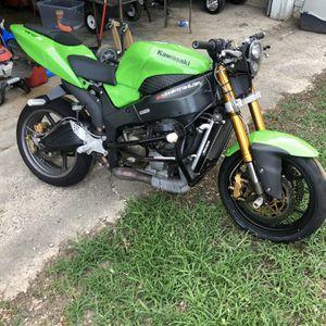 2005-2006 Kawasaki 636 Stunt Bike for Sale in Evansville, IN