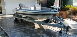 1985 glastron bass boat 19' for Sale in Carmichael, CA