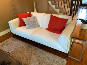 New white leather couch for Sale in Bloomfield Hills, MI