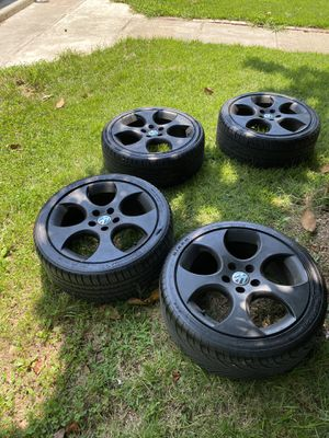 225 40 18 the tires are in good conditions $230 or best offer for Sale in Hyattsville, MD