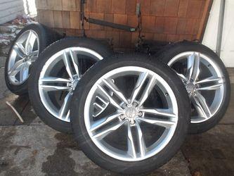 "Audi Wheels 20""95% Left Good Kondition Bolt Size 5 112 for Sale in Chicago,  IL"