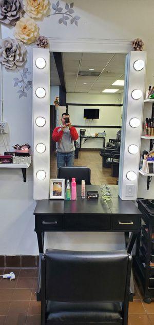 Makeup vanity for Sale in Kent, WA