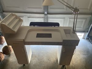 Manicure table for Sale in Citrus Heights, CA
