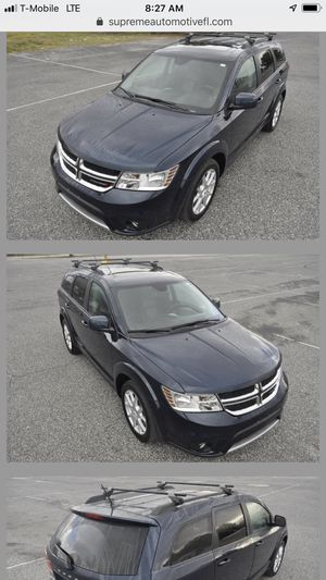 CLEAN DODGE JOURNEY LOADED WITH NAV AND MUCH MORE for Sale in Tampa, FL