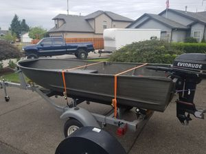 12' ft aluminum boat grate lake and crabbing boat. for Sale in Portland, OR