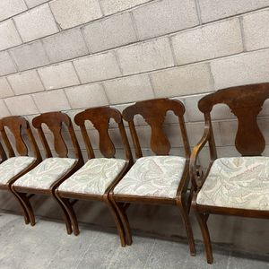6 Mahogany Vintage Sturdy Chairs ( 2 Captain) for Sale in Ladera Ranch, CA