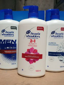 3x$20 Head And Shoulders Shampoo for Sale in Bell Gardens,  CA