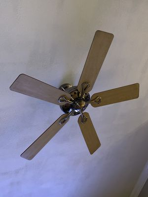 Ceiling Fan for Sale in Reedley, CA