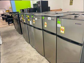 Mini fridge with freezer liquidation sale 🔥🔥🔥🔥 H M9C for Sale in Fontana,  CA