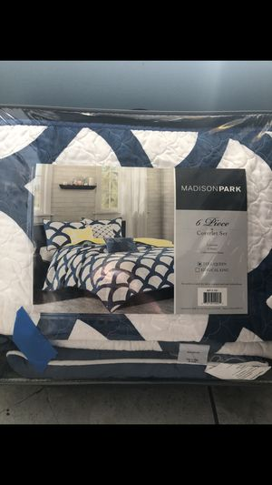 6 Piece Coverlet Set- Full/Queen for Sale in San Diego, CA