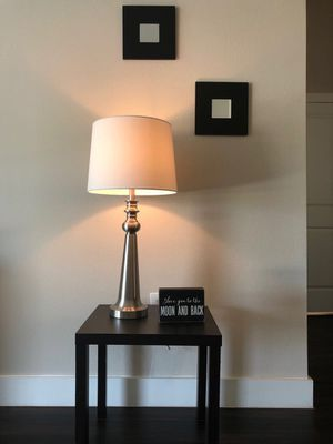 Mirrors,table and lamp for Sale in Dallas, TX