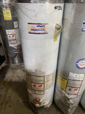 Water heater 40 galones 40 galones 6 meses de garantía de for Sale in Los Angeles, CA