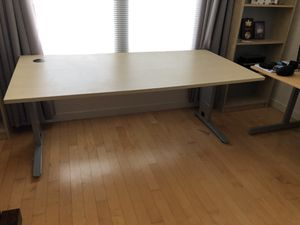 Office desk for Sale in West New York, NJ