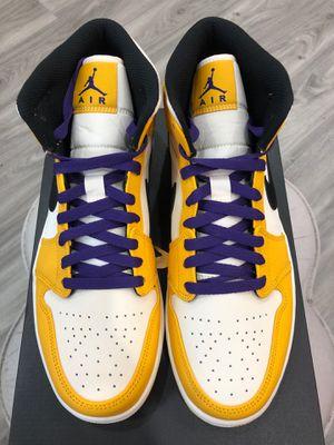 DS Nike Jordan 1 Mid SE Lakers sz 10 for Sale in Houston, TX